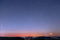 Sternenhimmel mit Komet Neowise