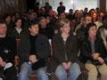 Interessierte ZuhörerInnen in der bis zum letzten Platz gefüllten Aula