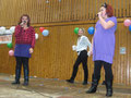 Arjonita und Semira (Gesang), Larissa Heine (Tanz), alle 5b