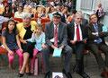 Joachim Paul mit seinen Enkelkindern