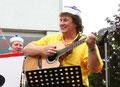 Wie immer Spielfreude pur - Werner König an der Gitarre