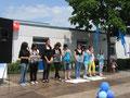 """Die Projektgruppe """"Blaue Gedichte"""" bei ihrer  Präsentation"""