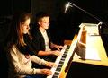 Klavierspiel vierhändig - Alina Steg (8a) und Simon Krug (8b)