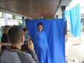 Frau Hänling in der Blue Box
