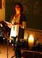 Frau Gehrlein bei ihrem Gedichtvortrag