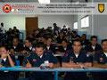 Toma parcial del lateral derecho del aula con los participantes.