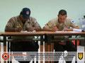 Detalle de los participantes elaborando el Instrumento de Evaluación del Instructor y del Curso.