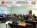Vista general de los participantes en el aula de clases.