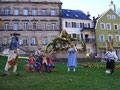 Osterhasen-Familie am Marktplatz