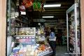 Chile_Santiago de Chile_Kleiner Lebensmittelladen