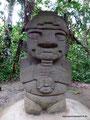 Kolumbien_San Augustín_Archäologischer Park_Aus Vulkangestein1