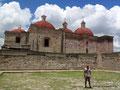 Mexiko_Oaxaca und Chiapas_Mitla_Die Kirche