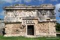 Mexiko_Yucatán Halbinsel_Chichén Itzá_Kleines Gebäude