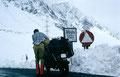 Die Ostabfahrt am Albulapass ins Engadin war wegen des vielen Neuschnees zwei Tage gesperrt