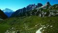 Gipfel westlich der Drei Zinnen Hütte von der Langenalpe