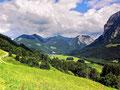 Alpgebiet bei der Rosenburg. Blick Richtung Schnepfau, Mittagsfluh und didamskopf