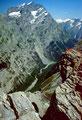 Das Doldenhorn erhebt sich bis zu 2200 m über dem Boden des Gasterntals