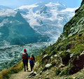1981: Landschaftlich eindrückliches Wegstück, je näher man den hohen Bergen komt