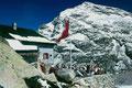 Bovalhütte und Munt Pers nach Neuschneefall im August 1985