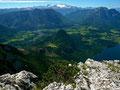 Herrlicher Blick vom Trisselberg auf Tressenstein, Ausseerland mit Bad Aussee und Dachsteinmassiv