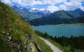 Prachtvolle Sicht vom Weg über den Silser See