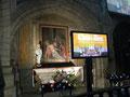 Des écrans pour les nefs afin de compenser l'absence de vision de l'orchestre