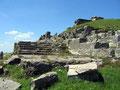 Ruines du Temple de Mercure au sommet du Puy-de-Dôme (voir note sous la galerie)