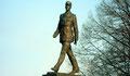 Statue du Général de Gaulle à Varsovie