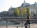 Musée d'Orsay de la passerelle Léopold-Sédar Senghor