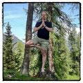 Gleichgewichtsstellungen stärken Konzentration und Präsenz im Moment.