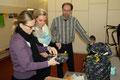 Frau Spieske und Frau Greive vom Steigenberger Hotel Treudelberg besuchten die Kinder der Kita Maria Magdalena und den Leiter Herrn Creydt in Hamburg-Osdorf.