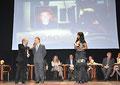 """15 dicembre 2012 - Lecce, Antico Teatro G. Paisiello. Assegnazione Alto Riconoscimento Artistico """" Premio Nettuno 2012 """". Momento della premiazione.  ( Foto Italphoto )"""