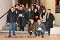 """17 gennaio 2016 - Taranto, Duomo di San Cataldo. Foto ricordo con Monsignor  Emanuele Ferro dopo l'annuale """"Messa degli Artisti """". ( Foto di Mimmo Pignatelli )"""