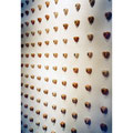 """""""ICH HAB DICH LIEB . . .""""  Detail / Gipsherzen in der Galerie Forum Wels, Symposion """"ober Tag """" 1998"""