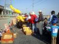 チェックポイントでバナナ等の接待(3.5キロ)