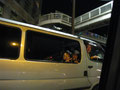 打ち上げに向かいます。メンバーシャッフル。こちらはトシさん車、助手席はナベさん、後ろはともにゃん、エモさん、わたし。