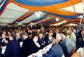 Foto: Archiv WVV, in dem Zelt wurde den ganzen Tag die Eröffnung der Linie 5 gefeiert