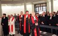 Foto: Main Post Archiv, Einweihung der Gethsemanekirche durch Regional-Bischof Dr. Bezzel