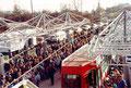 Foto: Archiv WVV, freudig wurden die ankommenden Züge auf dem Heuchelhof begrüßt