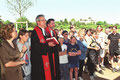 Foto: Main Post Archiv, Einweihung der Gethsemanekirche am 14.5.2000