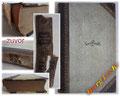 Buchpflege - Bild 1/2 abgelöster Buchrücken - Cover und Schnitte stark verschmutzt - Einband verschoben