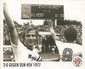 Sticker 141: 2:0 gegen den HSV 1977; Sportliche Geschichte; St. Pauli Sammeln! Panini Bilderdienst, Stuttgart