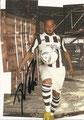 Dennis Naki; Saison: 2011/12 (2. Bundesiga); Trikowerbung: Ein Platz an der Sonne