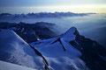 Brunegghorn  3838m  und Berner Alpen am Horizont