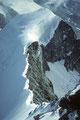 Tiefblick auf den Ostnordostgrat mit Wellenkuppe 3903 m
