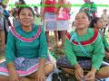 Shipibo-Frauen tragen mit Stolz ihre traditionelle Kleidung. (Foto: Annette Holzapfel)
