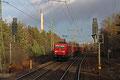 185 291 steht am 07.02.14 mit GB 62291 aus Karlsruhe Gbf an der Einfahrt Einsiedlerhof  (Sdl.leere Fan)