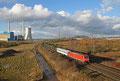 185 356 mit M 62260 (Bascharage - Sanem/L) Ehrang Nord - Grafenwöhr Lager , beladen vorwiegend mit ATF Dingo (Allschutz-Transport-Fahrzeug) der Streitkräfte Luxemburgs (Sdl. Militär) , 16.02.14
