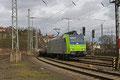 BLS 485 001 fährt am 07.02.14 mit DGS 88804 , aus Richtung Basel kommet, in den Sarbrücker Rangierbahnhof ein.
