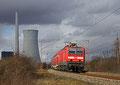 143 073 mit RE-D 12012 Koblenz Hbf - Saarbrücken Hbf , 16.02.14 am KW Ensdorf